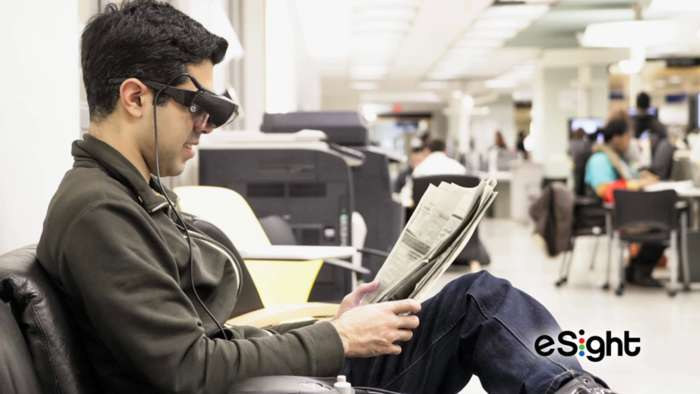 Esight 3 : New Smart Glasses for People with Visual Impairment