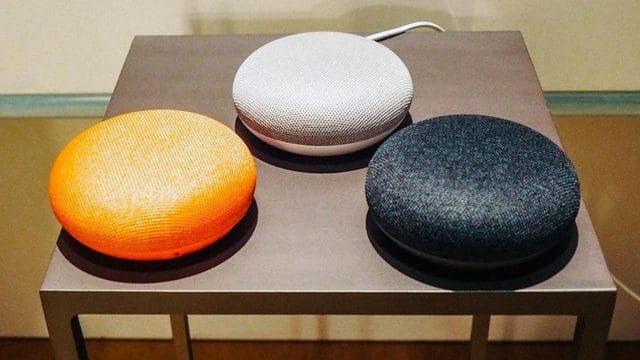 Amazon Echo Dot vs Google Home Mini 1